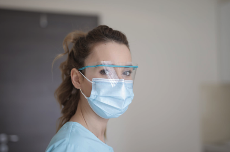 Read more about the article Vaccinated People Need To Wear Mask